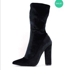 Shoe Republic zayn black velvet ankle boots new